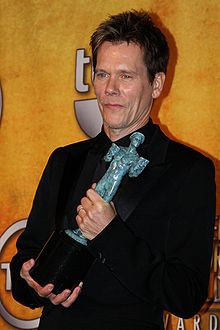 220px-Kevin_Bacon_at_the_2010_SAG_Awards