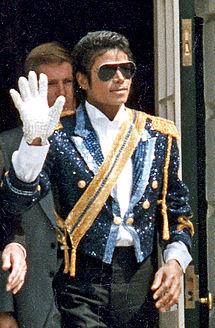215px-Michael_Jackson_1984